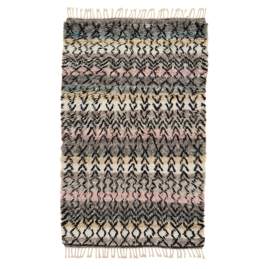 5'2 x 9' Hand-Knotted Indo-Moroccan Shag Rug, 2010s