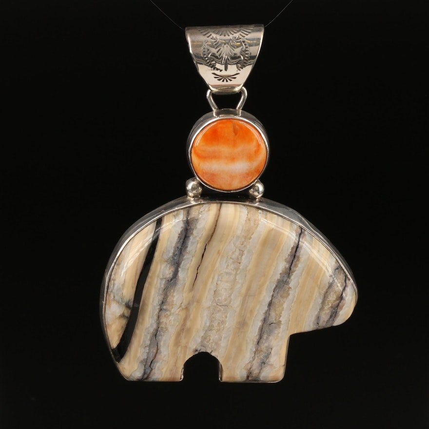 Signed Southwestern Sterling Agate and Spiny Oyster Fetish Bear Pendant