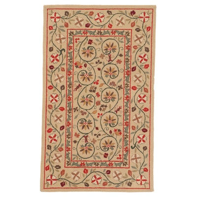 3'1 x 5'1 Hand-Tufted Accent Rug
