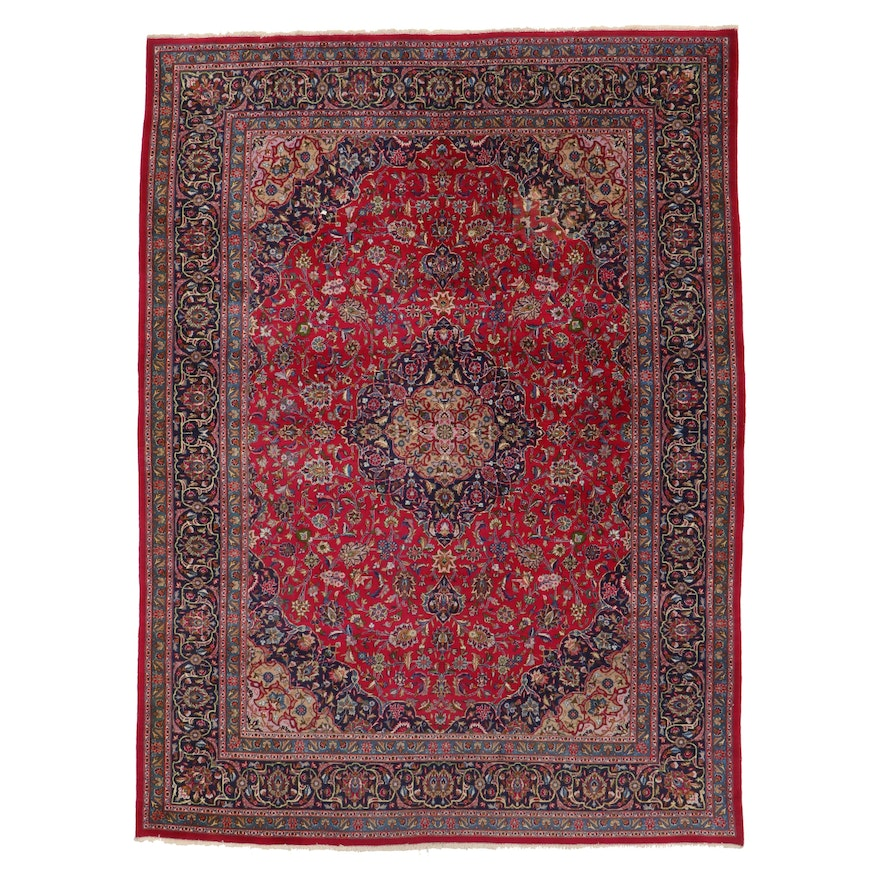 9'11 x 11'2 Hand-Knotted Pakistani Floral Room Size Rug