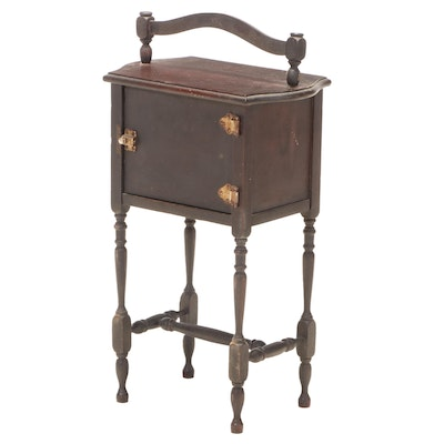 Schulze & Van Stee Mfg. Co. Colonial Style Smoking Stand, Early 20th Century