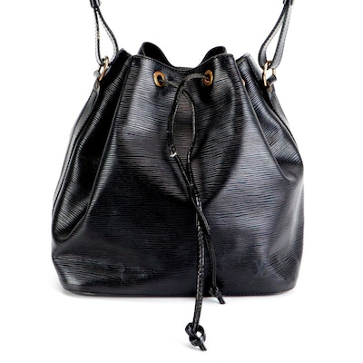 Louis Vuitton Noé Drawstring Bucket Bag in Black Epi and Smooth Leather