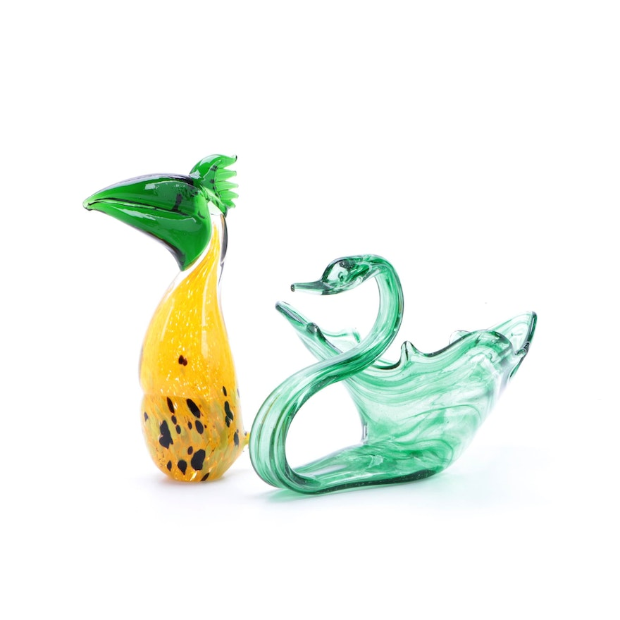Art Glass Swan Form Console Bowl with Toucan Glass Figurine