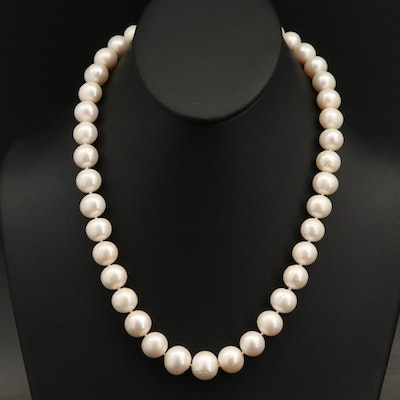 Pearl Necklace with 14K and Diamond Clasp