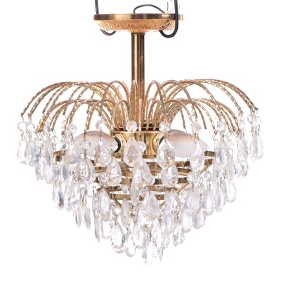 Luminaire Hollywood Regency Style Brass and Glass Prism Chandelier
