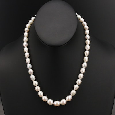 Sterling Graduating Pearl Necklace with Sterling Clasp