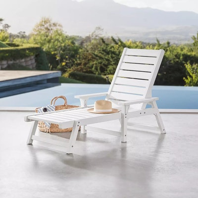 Member's Mark Chaise Lounge in White
