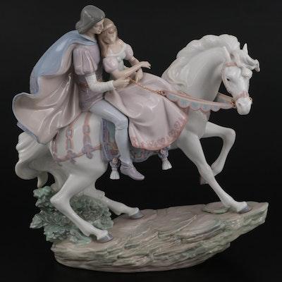 """Lladró """"Love Story"""" Porcelain Figurine Designed by José Puche"""