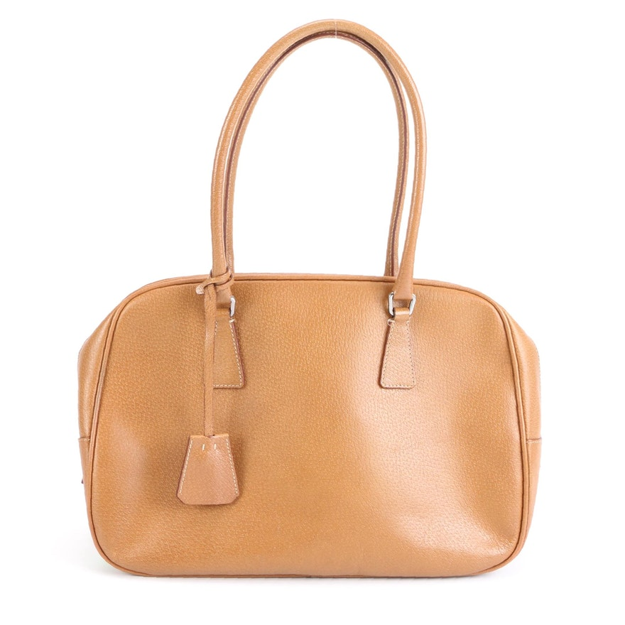 Prada Shoulder Bag in Leather with Padlock