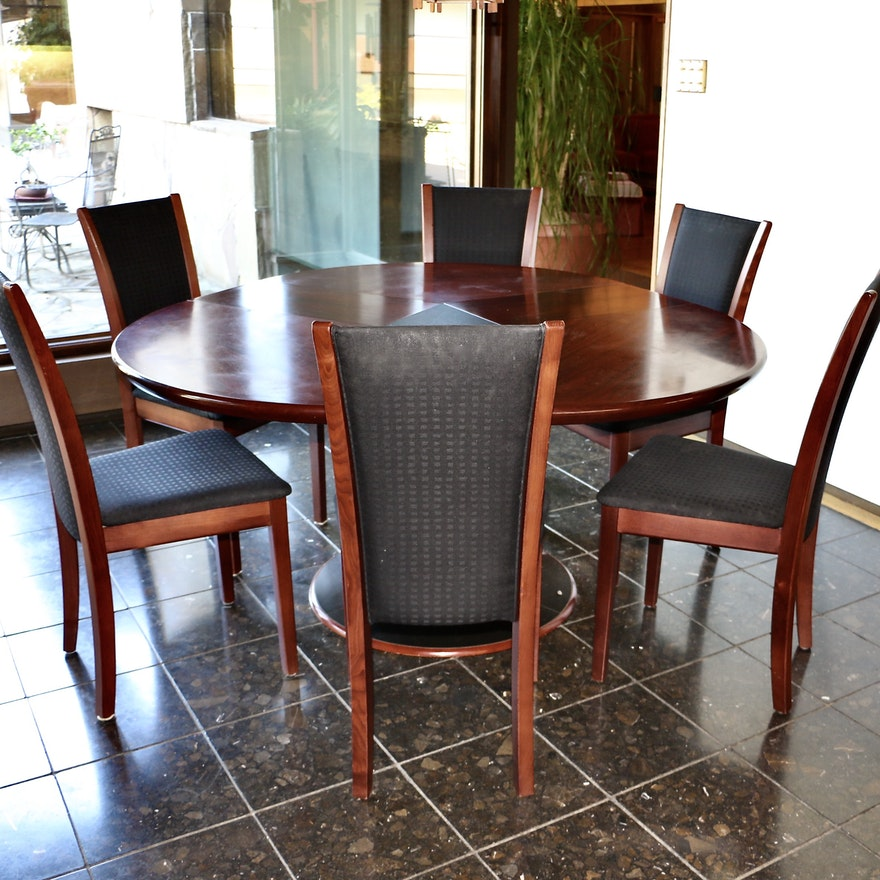Skovby Danish Modern Rosewood Expandable Pedestal Dining Table and Six Chairs
