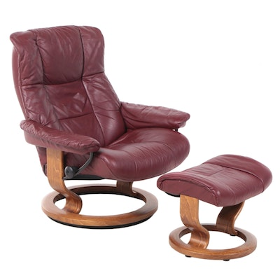 """Ekornes """"Stressless"""" Leather Upholstered Recliner and Ottoman"""
