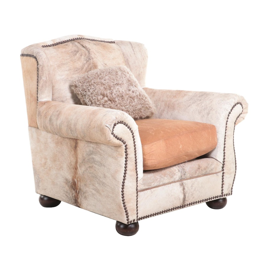 Anteks Cowhide and Leather Lounge Chair with Sheepskin Pillow