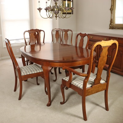Pennsylvania House Cherry Queen Anne Style Oval Dining Table and Chairs