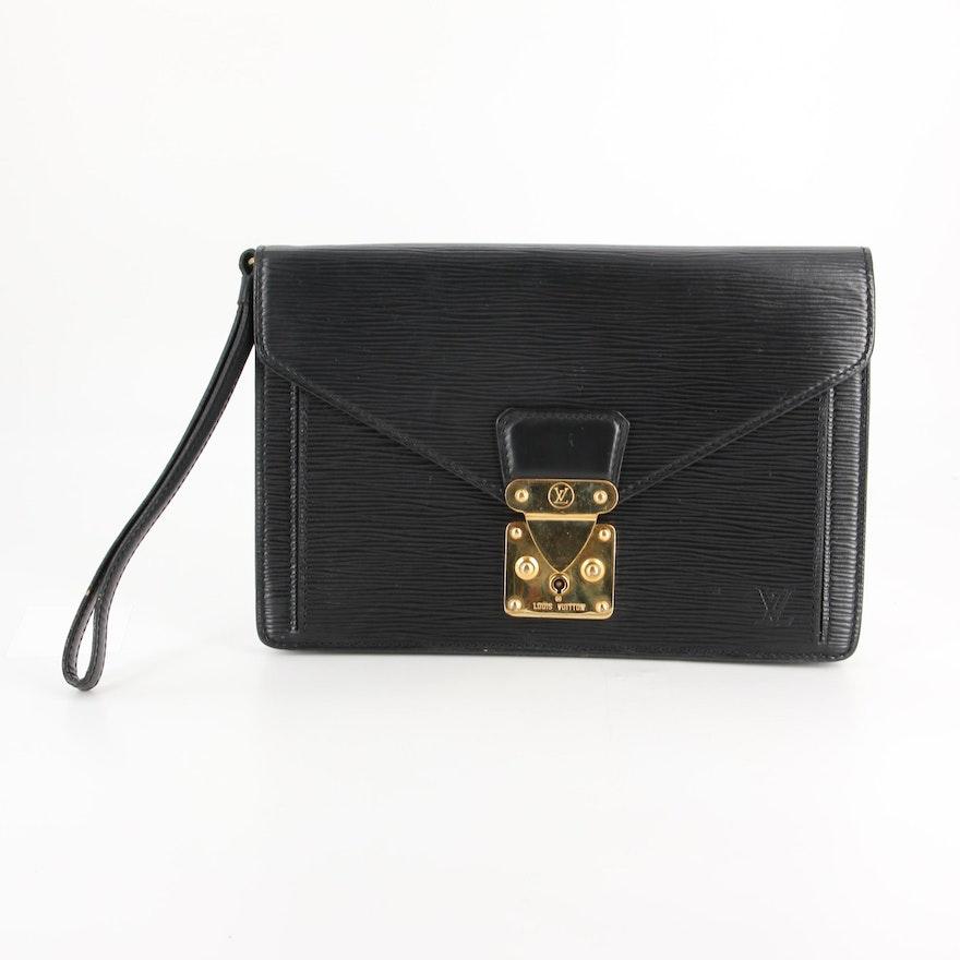 Louis Vuitton Dragonne Pochette in Black Epi Leather