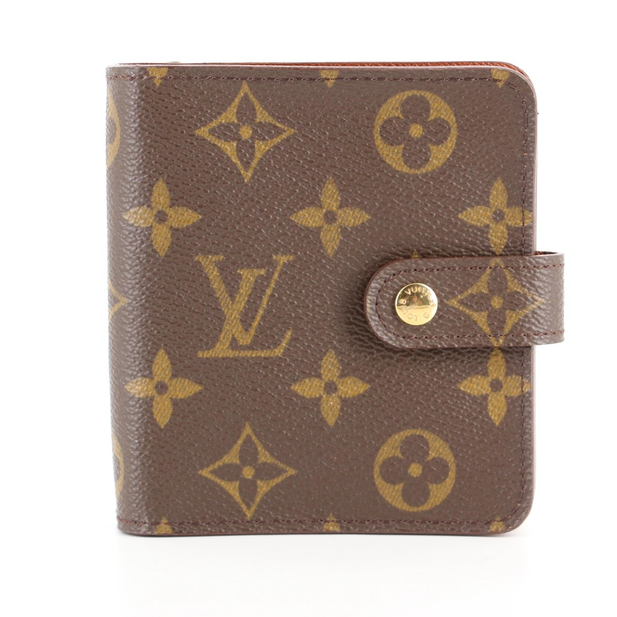 Louis Vuitton Compact Zippé Wallet in Monogram Canvas