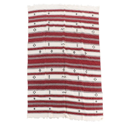 5'8 x 8'8 Handwoven Portuguese Style Wool Area Rug