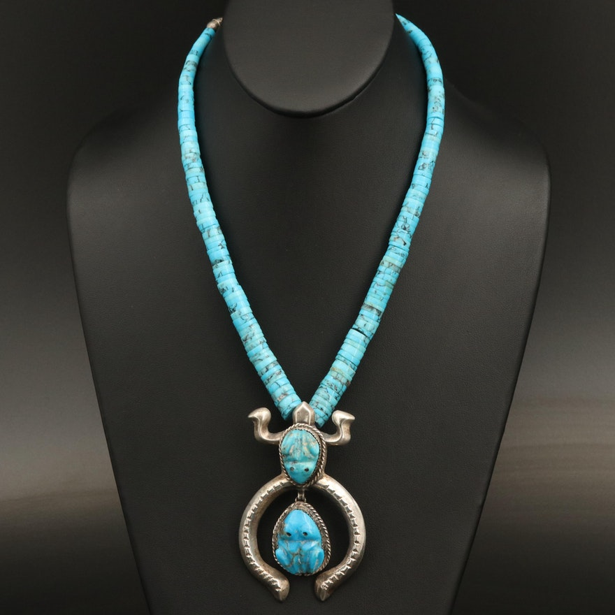 Southwestern Graduated Heshi Necklace with Sterling Sand Cast Turtle Pendant