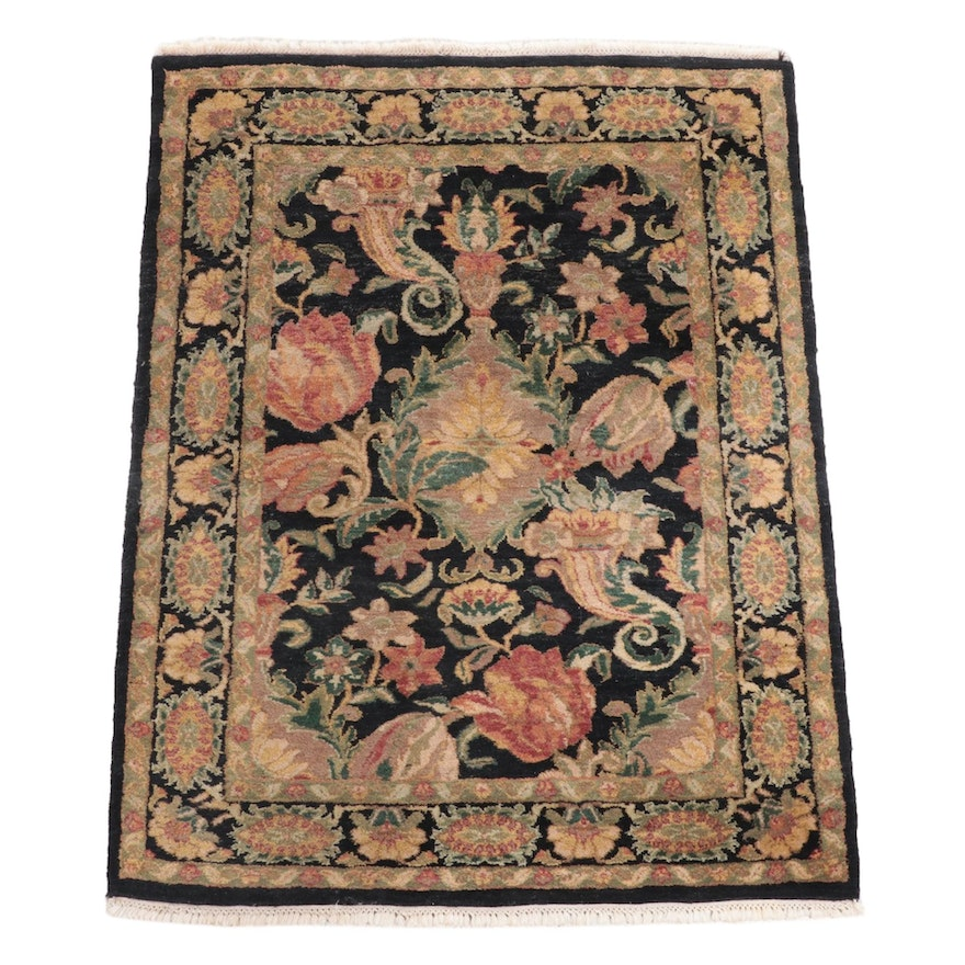 4' x 5'9 Hand-Knotted Indian Mahal Area Rug