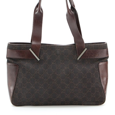 Gucci Shoulder Bag in GG Canvas with Leather Trim