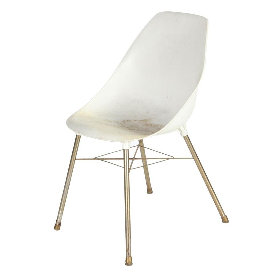 Mid Century Modern Molded Plastic Side Chair