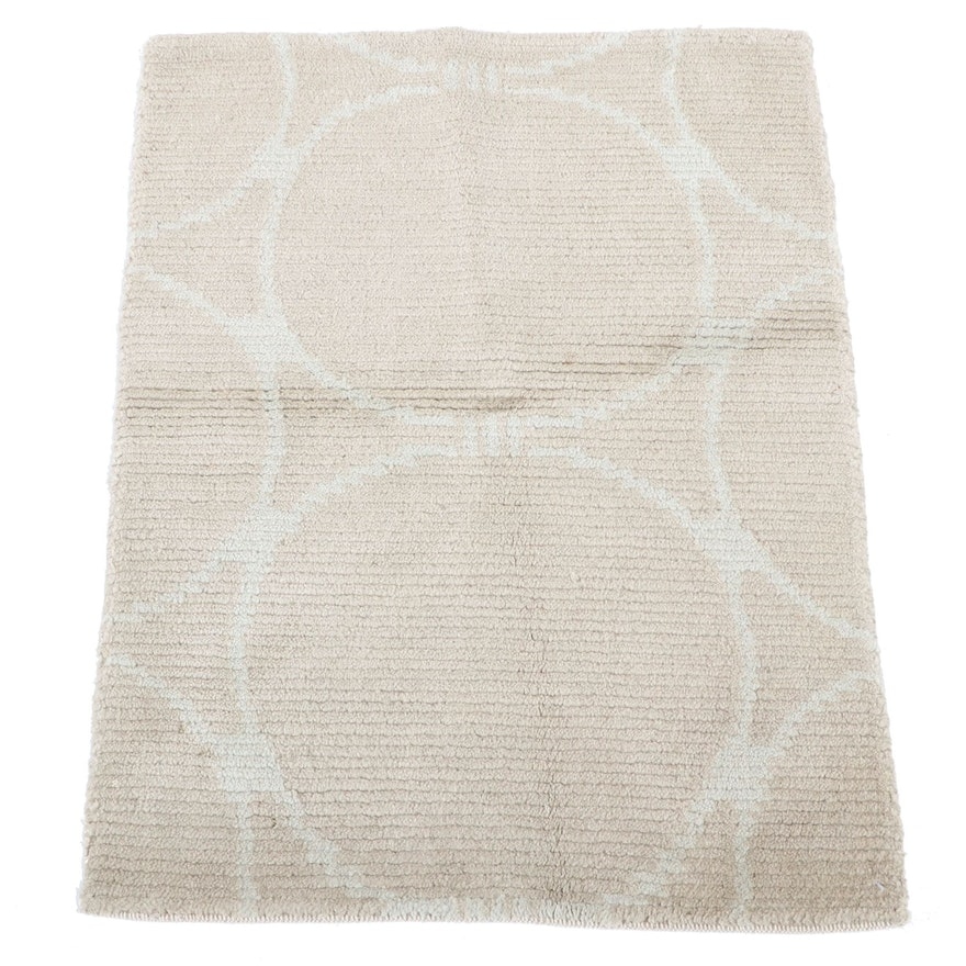 1'11 x 2'7 Hand-Knotted Indian Modern Style Accent Rug