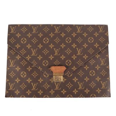 Louis Vuitton Poche Plate Envelope Clutch in Monogram Canvas
