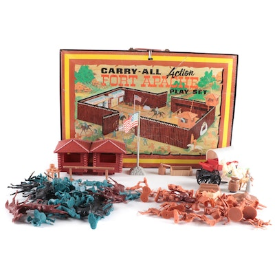 """Marx """"Fort Apache"""" Carry-All Action Play Set"""