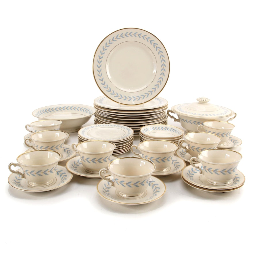 """Syracuse China """"Sherwood"""" Dinnerware and Serving Pieces, 1946-1967"""