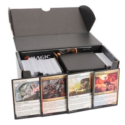 """2018 """"Magic: The Gathering"""" Card Collection"""