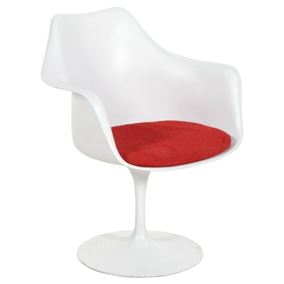 Eero Saarinen for Knoll Associates Fiberglass Armchair, Mid to Late 20th Century