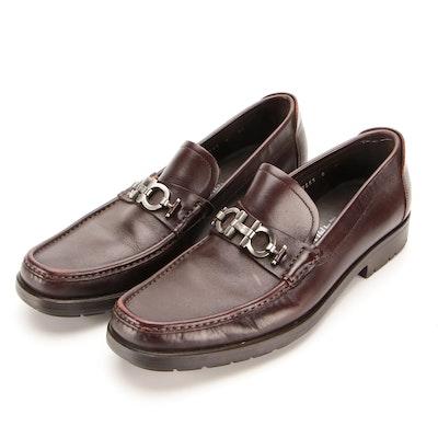 Men's Salvatore Ferragamo Gancini Moccasin Shoes in Brown Leather