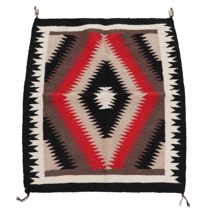 2'7 x 3' Handwoven Navajo Wool Accent Rug