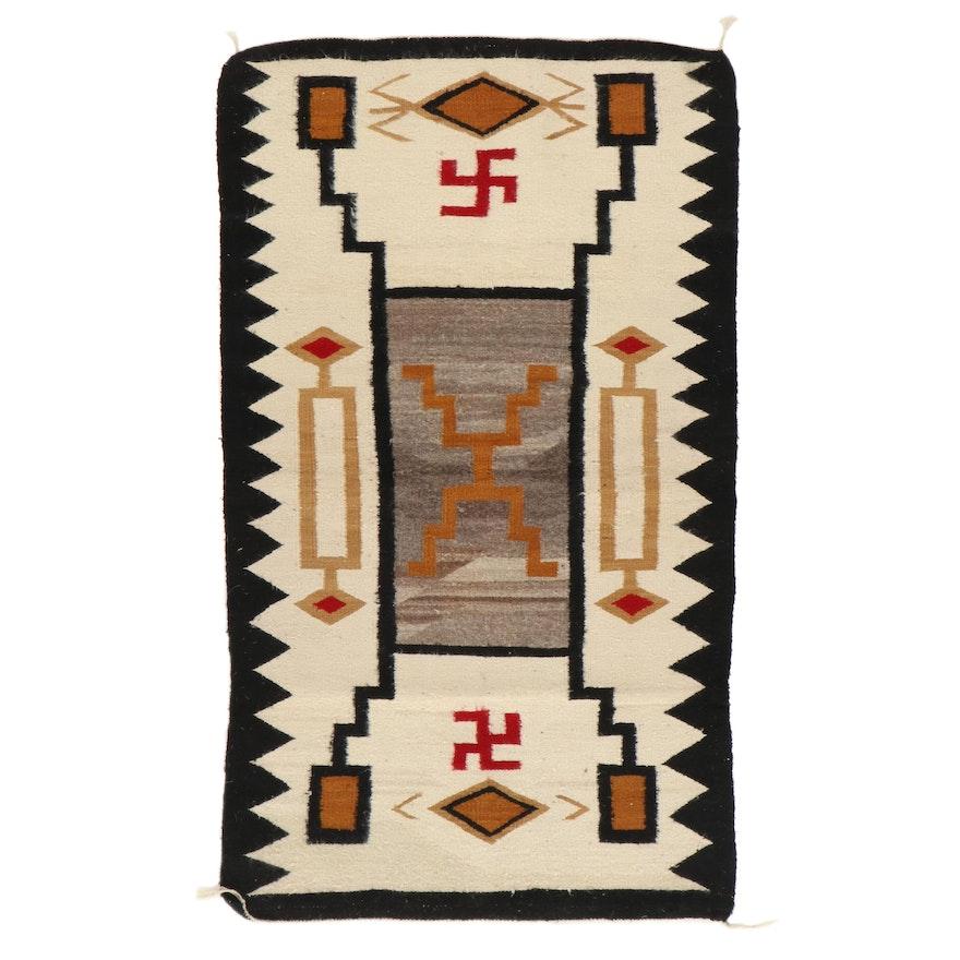 2'11 x 4'10 Handwoven Navajo Wool Area Rug