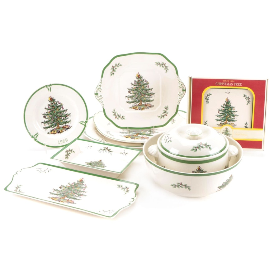 """Spode """"Christmas Tree"""" Earthenware Serveware and Table Accessories"""