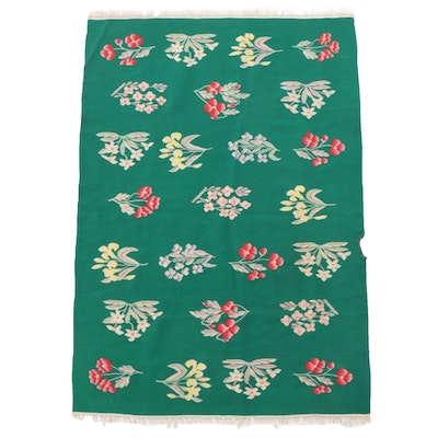 4'1 x 6'1 Handwoven Floral Area Rug