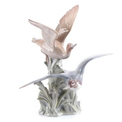 "Lladró ""Ducks Flapping"" Porcelain Figurine Designed by José Roig"