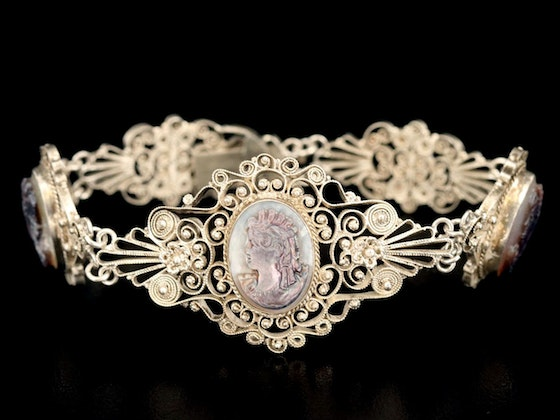 Vintage Jewelry, Sterling Silver & Décor