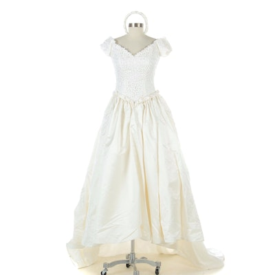 White Satin and Lace Wedding Dress with Box and Headband