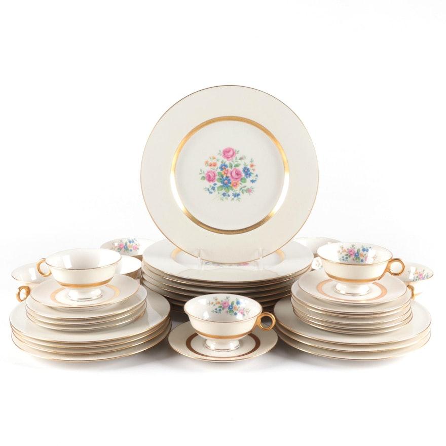"Theodore Haviland ""Gainesborough"" Porcelain Dinnerware, Mid to Late 20th Century"