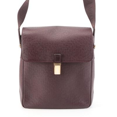 Louis Vuitton Yaranga Porte Appareil Taïga Leather Shoulder Bag