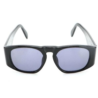 Chanel 01451 CC Logo Sunglasses in Black with Case