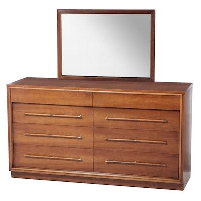 Heritage Henredon Mid Century Modern Cherrywood and Maple Eight-Drawer Dresser