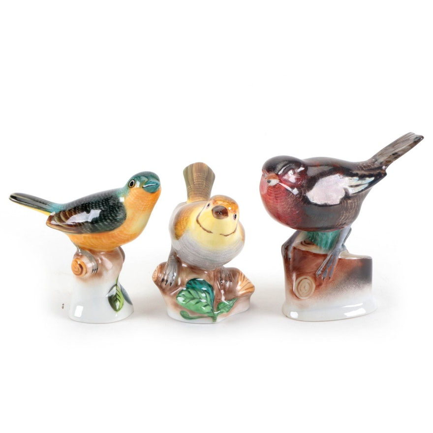 Herend Natural Birds on Stumps Porcelain Figurines