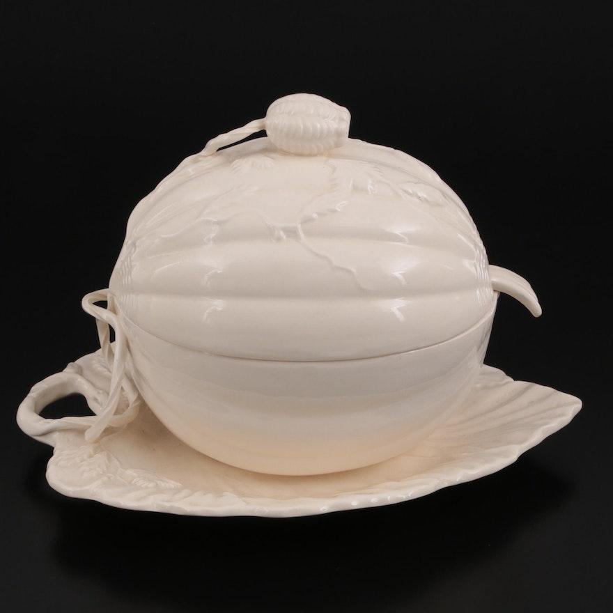 English Royal Creamware Squash Shaped Tureen, Late 20th Century