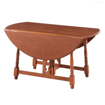 Colonial Style Maple Butterfly-Leaf Dining Table, Mid-20th Century