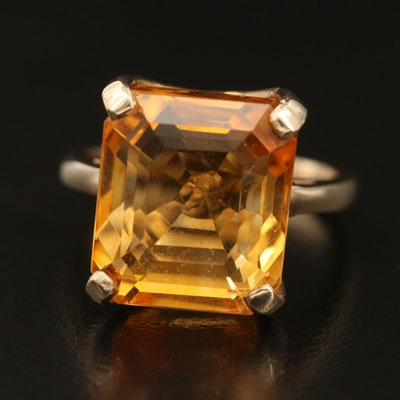 10K 10.67 Citrine Solitaire Ring