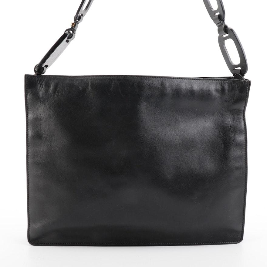 Gucci Chain-Link Strap Shoulder Bag in Black Leather