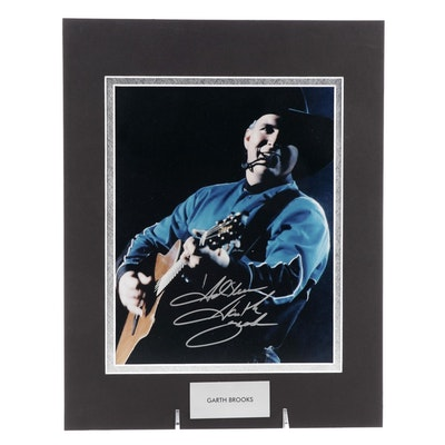 Garth Brooks Signed Country Hall of Fame Singer and Songwriter Photo Print, COA