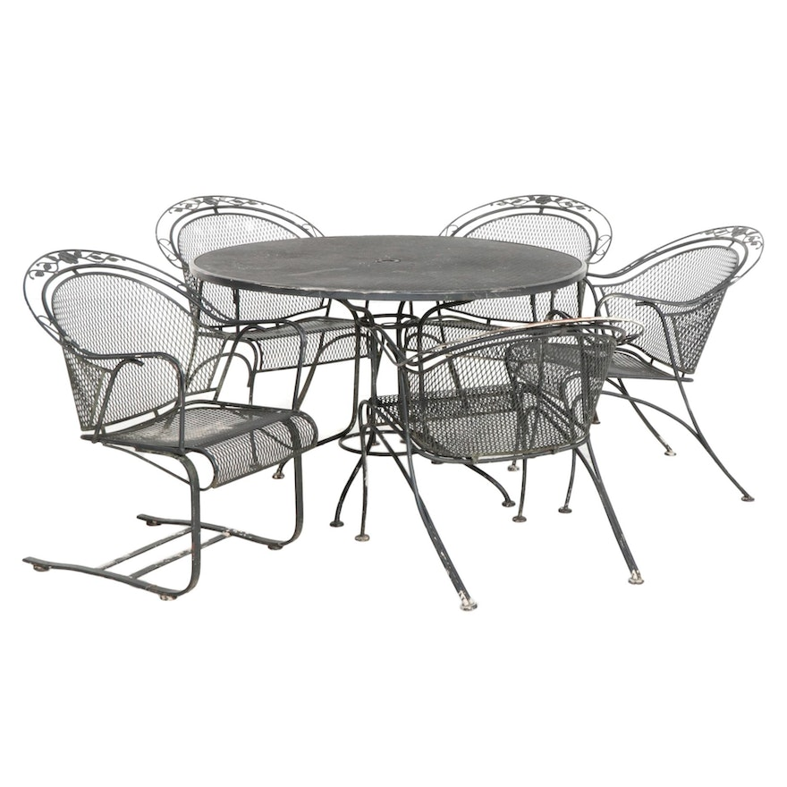 Metal Mesh Round Patio Dining Table with Five Chairs