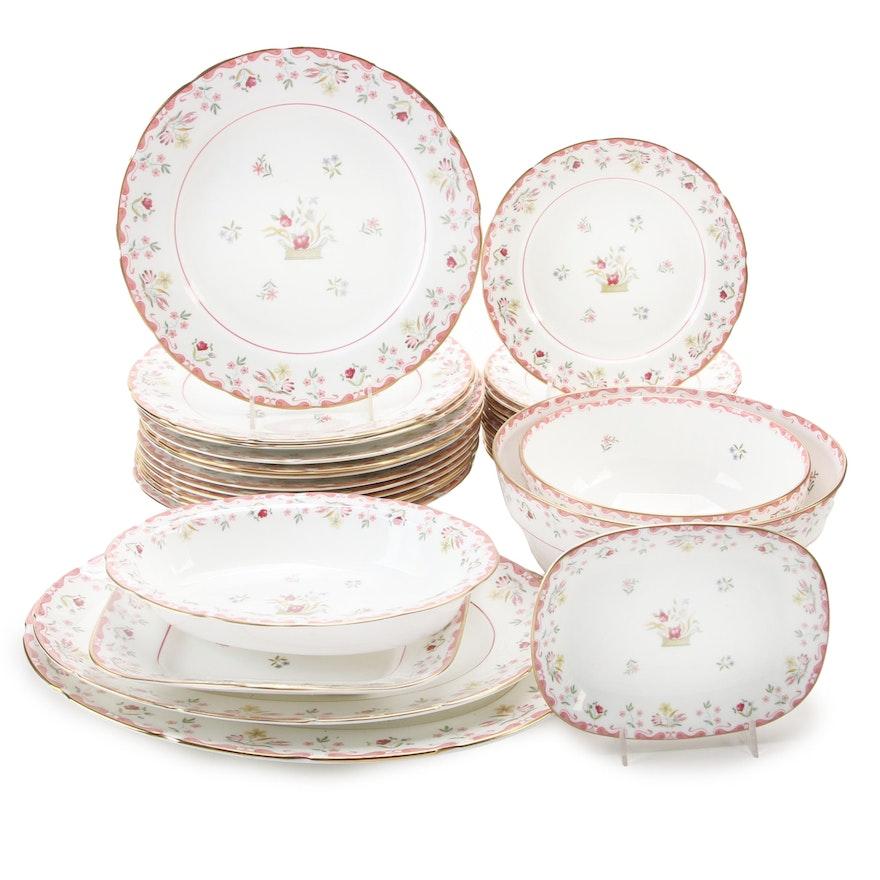 """Wedgwood """"Bianca"""" Bone China Dinner and Serveware, Late 20th Century"""